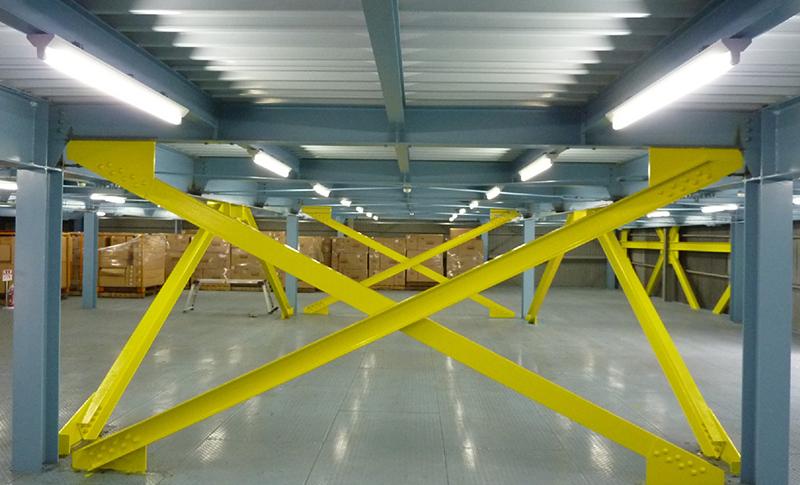 倉庫の耐震補強工事