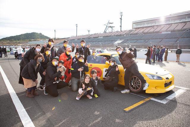レースチームの仲間