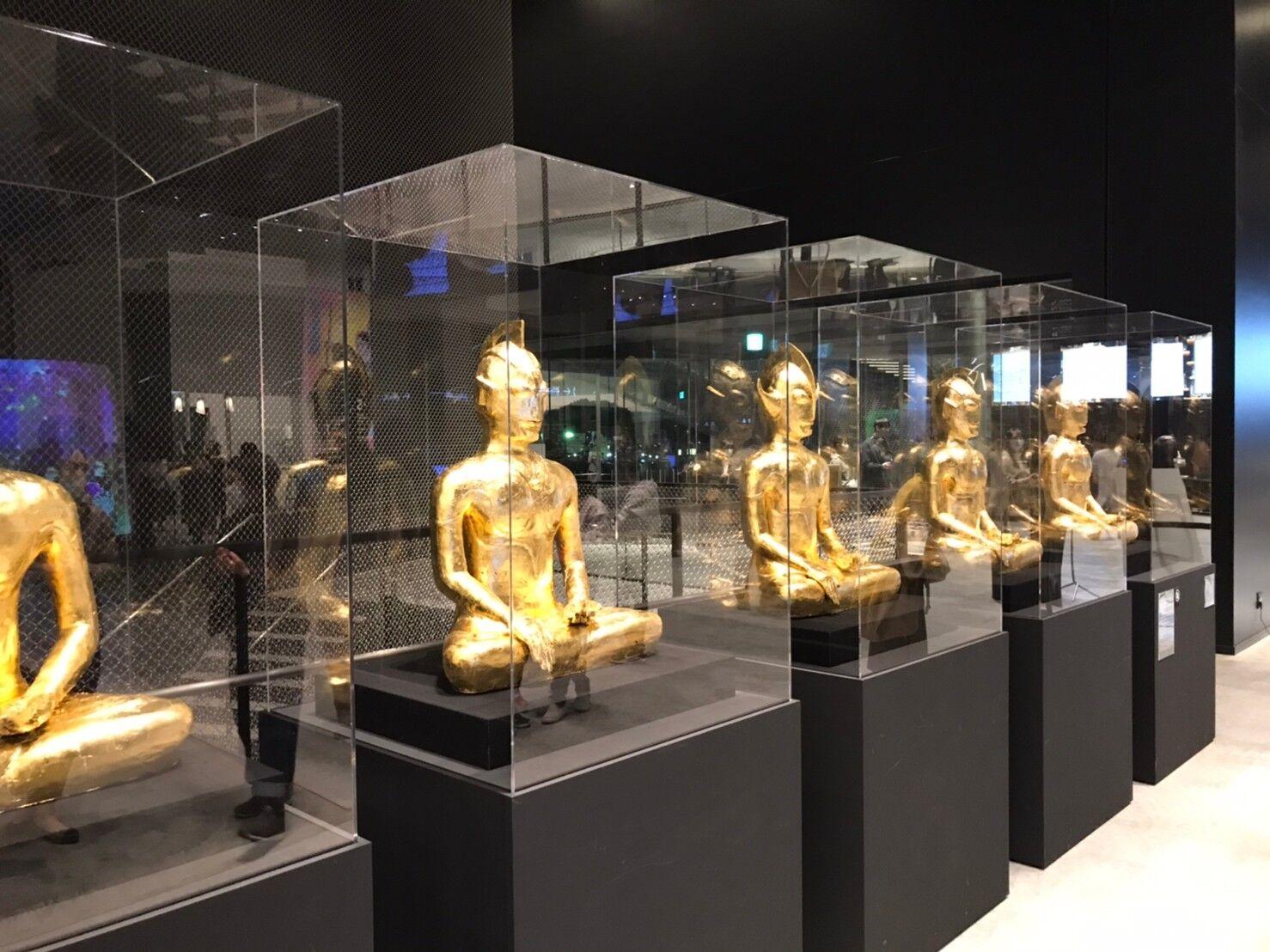 角川武蔵野ミュージアムの金のウルトラマン